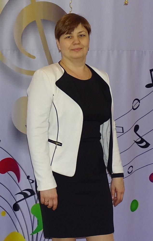 Артеменко Елена Валерьевна, заведующий детского сада №111