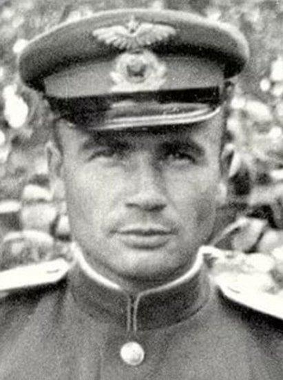 Неуструев Иван Павлович (1915 - 1965 г.)