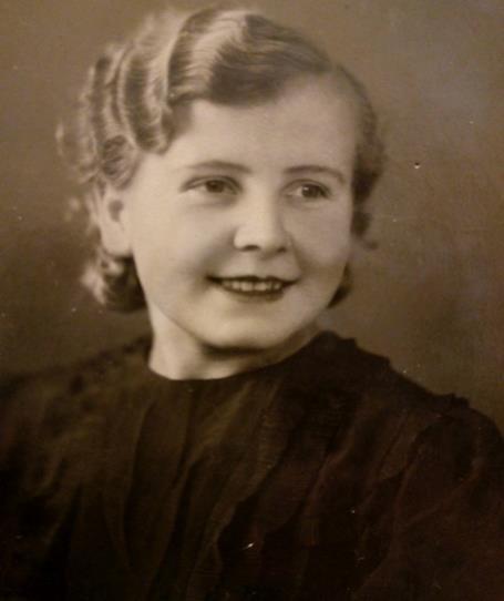Лебедева Антонина Ефимовна (1917 - не указано)