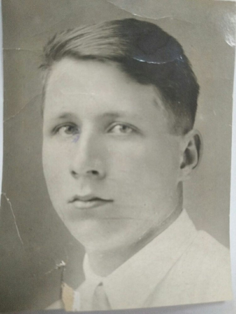 Базанов Михаил Алексеевич ( 1915 - 1942 г.)