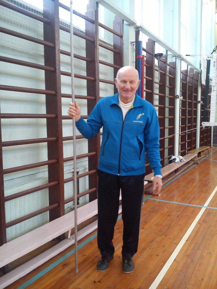 Дроздов Олег Нилович, учитель физической культуры средней школы № 301