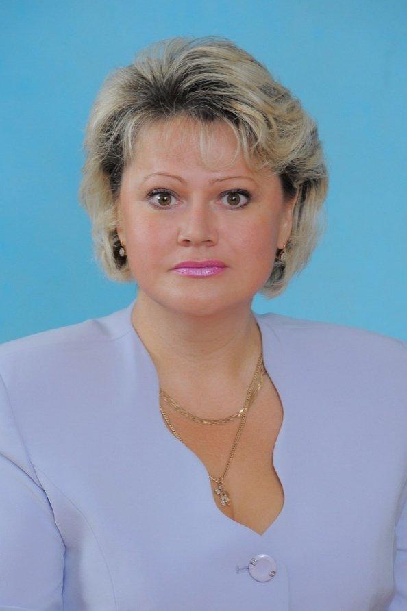 Чубса Яна Валентиновна, заместитель директора школы № 325