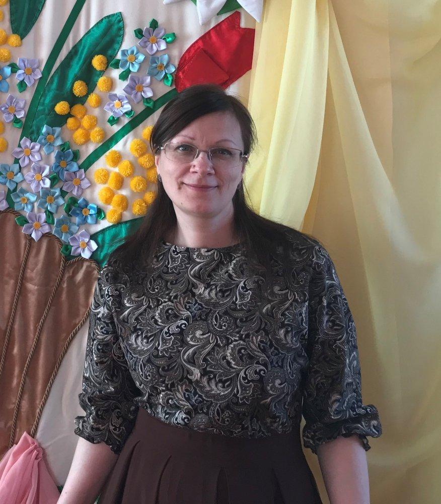 Сенина Елена Игоревна, старший воспитатель детского сада № 65
