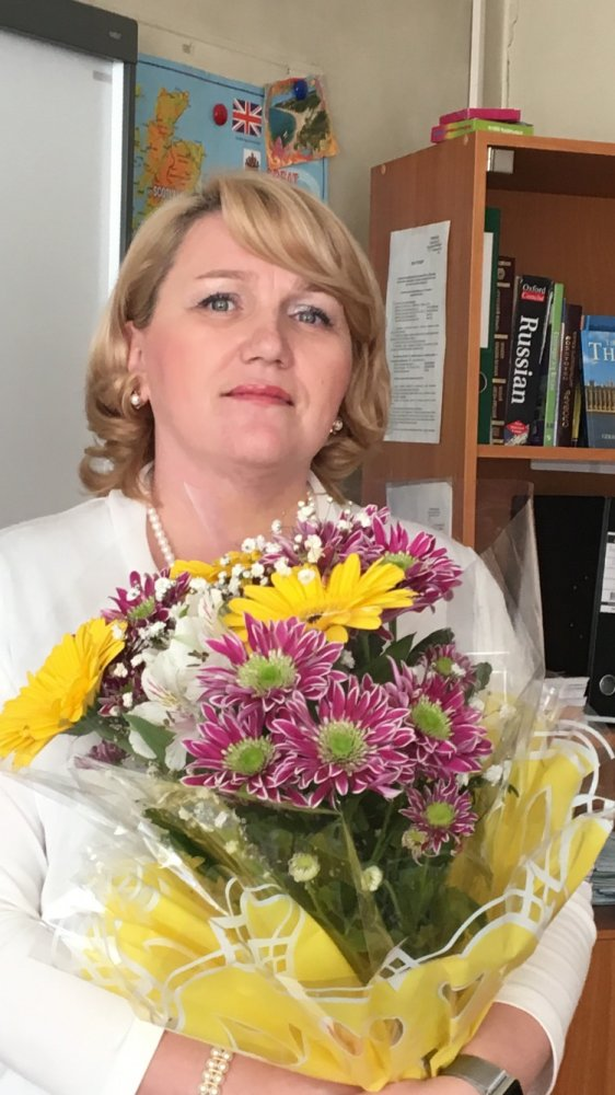Брухис Марина Анатольевна,  учитель английского языка школы № 368