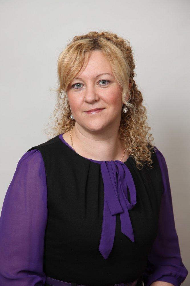 Невская Виктория Владимировна, учитель физической культуры школы № 318