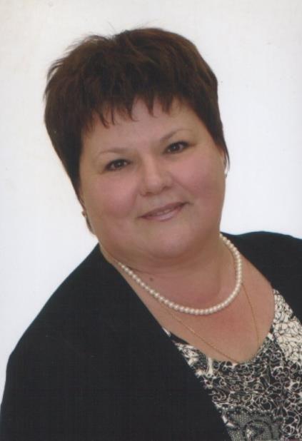Осипова Ирина Викторовна, администратор школы № 325