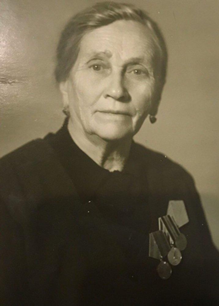 Крюкова Анна Васильевна (1898 - 1992 г.)